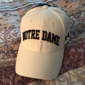 Notre Dame hat New
